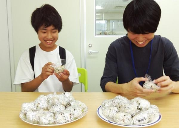 頑張る子どもたちに、毎日美味しい食事をみんなで食べる幸せを!