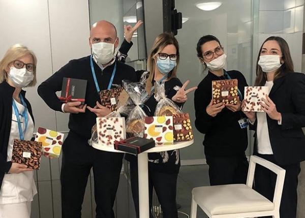 新型コロナウイルスと闘う医療従事者の方々に、カカオ サンパカのチョコレート菓子をお届けします。