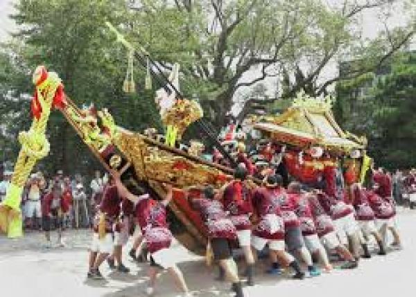 三重県四日市市の「鳥出神社の鯨船行事」を後世に伝えたい!